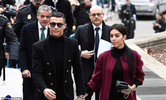 Cristiano Ronaldo and his fiancee arrive court in style as he accepts fine and suspended jail sentence for tax fraud in Spain?(Photos)