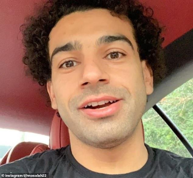 African best footballer Mohamed Salah shaves off trademark beard, see his new look (Photos)
