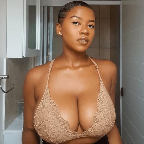 Pretty babe porn