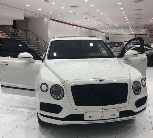 Shots Fired! Hours after Hushpuppi showed off his new Bentley, Mompha shows off his new Bentley Bentayga?says,