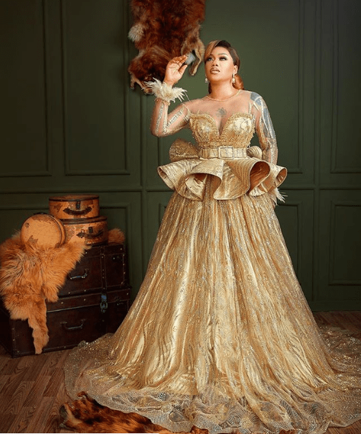 Toyin Lawani stuns in glittering gold dresses as she celebrates 37th birthday today?(Photos)