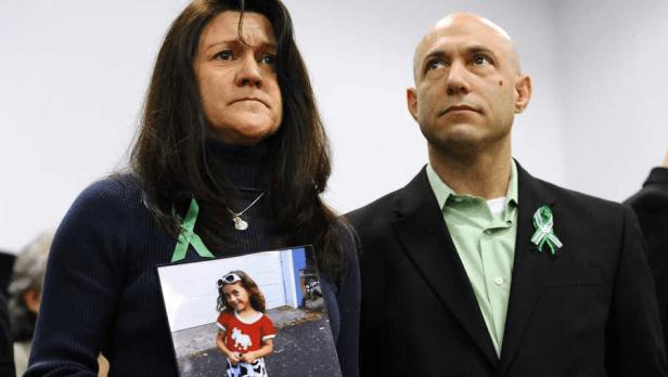 Dad of Sandy Hook school shooting victim dies from apparent suicide