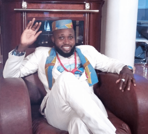 Nollywood actor, Prince Dammy Eke, slumps and dies in a bar