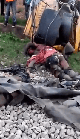 Train Crushes Five To Death In Lagos (Graphic Photo)