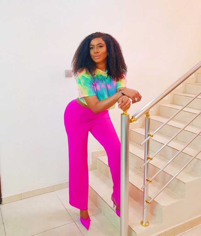 Chike Ike shows off her curves in new photos