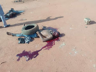 Graphic  Photos: Mob sets ablaze suspected robber who allegedly raped a woman at gunpoint and stole N8000
