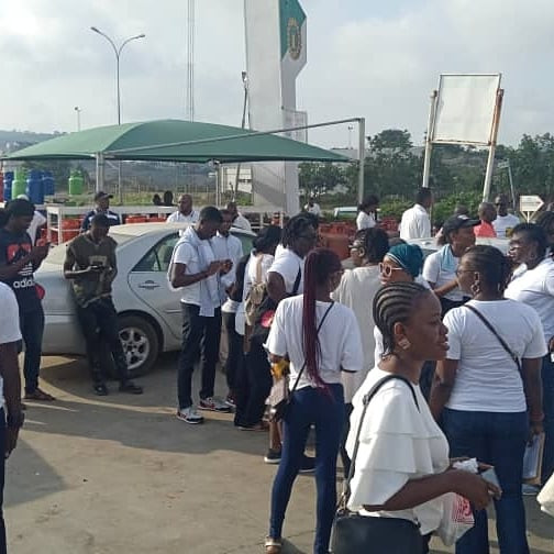 Photos/Video: Heavy security presence at COZA as Nigerians stage protest demanding the prosecution of the church