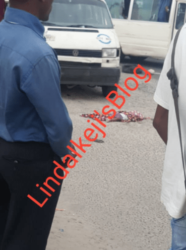 Baby crushed to death by bus as mum was crossing the road in Lekki (photos)