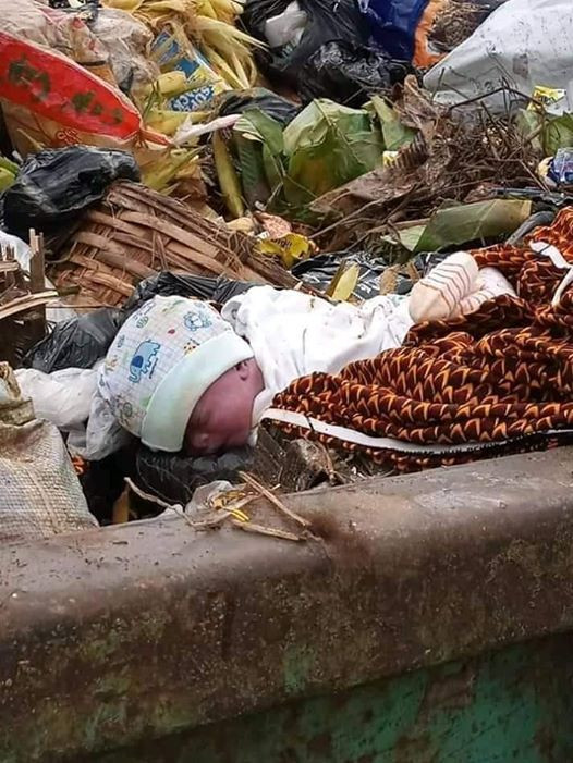 A Presumed Dead New Born Baby Found Dumped at a Refuse Site in Owerri