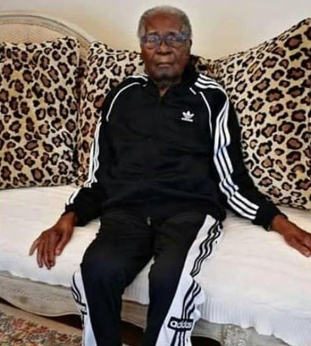 Check out new photos of? 95-year-old Robert Mugabe, Zimbabwe