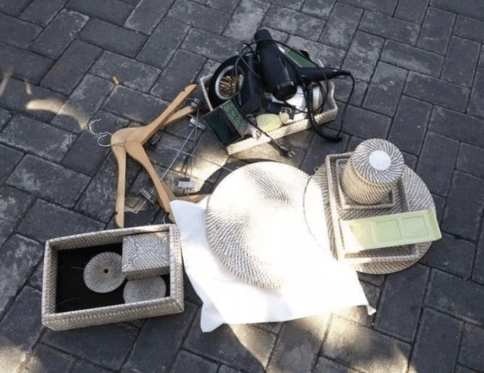 Tourists embarrassed publicly for stealing towels, toiletries and other items from hotel (video)