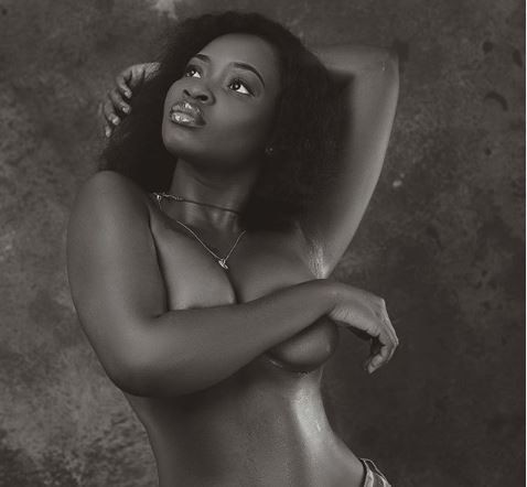 Ghanaian model, Sariyu goes topless on Instagram