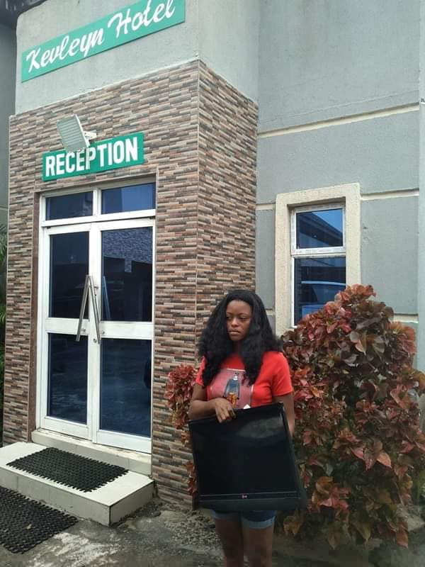 Lady nabbed after stealing a hotel