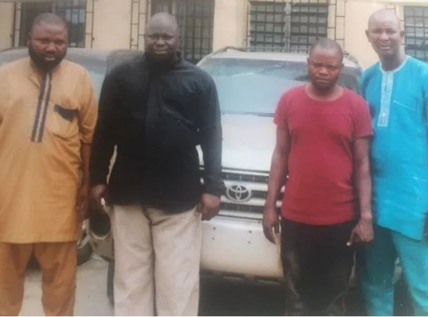 FSARS operatives arrest a fleeing pastor for stealing SUV?from a car dealer in Lagos