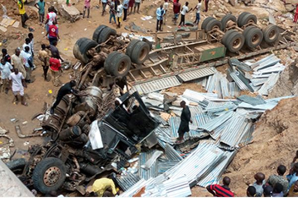 Photo: Fatal�truck accident leaves six people dead in Gombe State