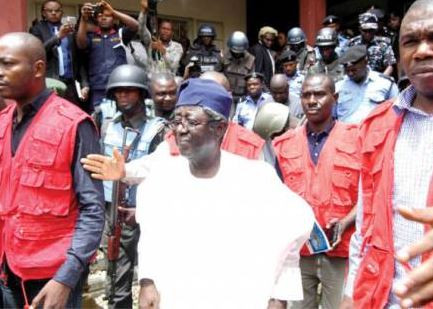 A government cashier allegedly delivered N750m to ex Plateau State governor, Jonah Jang - Witness tells court