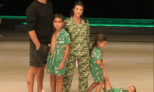 Kourtney Kardashian says she's taking a step back from KUWTK 'to spend more time as a mom'