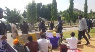 Moment DSS operatives allegedly started shooting at #FreeSowore protesters lindaikejisblog