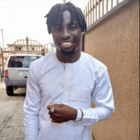 Taxify driver shot dead and his car stolen in Lagos (graphic photo)