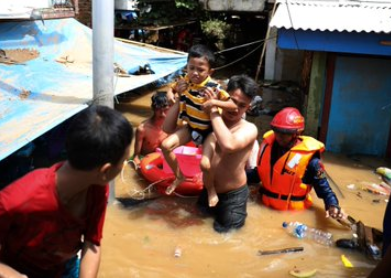 """""""This is not ordinary"""" Indonesia experts say after heavy rainfall kills over 23 persons in Jakarta"""