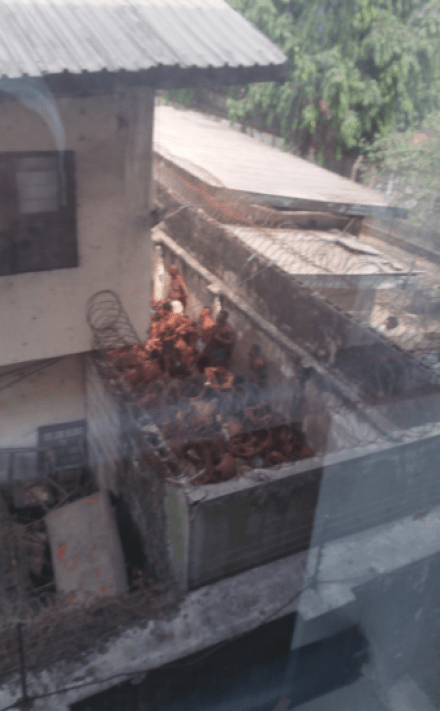 See photos of the terrible spot EFCC officials allegedly detain arrested suspects in Port Harcourt