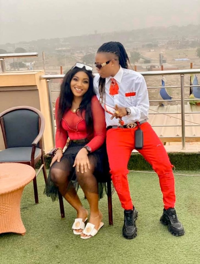Nigerian lady proposes to her girlfriend in Edo State (video)