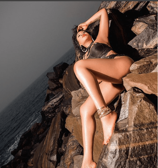 Scantily clad Toyin Lawani flaunts her banging body in new racy photos?
