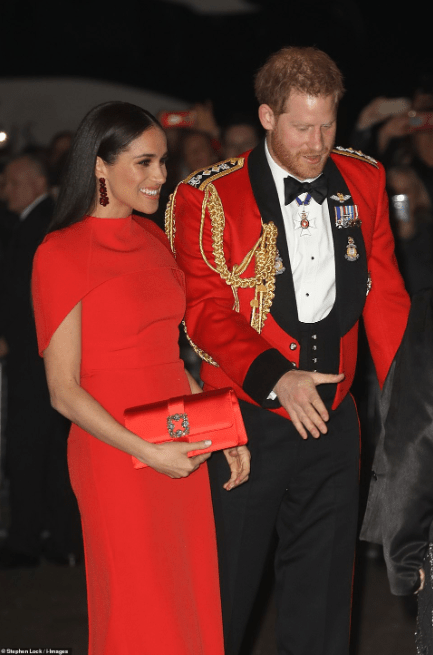 Le prince Harry et Meghan Markle arrivent au festival de Mountbatten (photos)