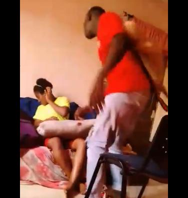 Man beats up his girlfriend mercilessly (video)