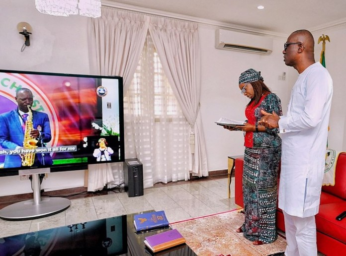 Photos: Governor Babajide Sanwo, Governor Fayemi worship online at Easter