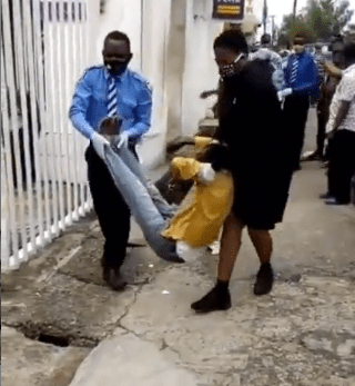 Lagos: Fear Grips Bank Customer As ATM User Slump At Onipanu {Video}