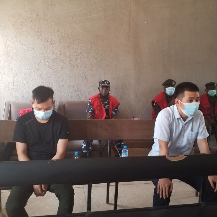 Chinese men who offered EFCC official N100m bribe arraigned in court (photos)