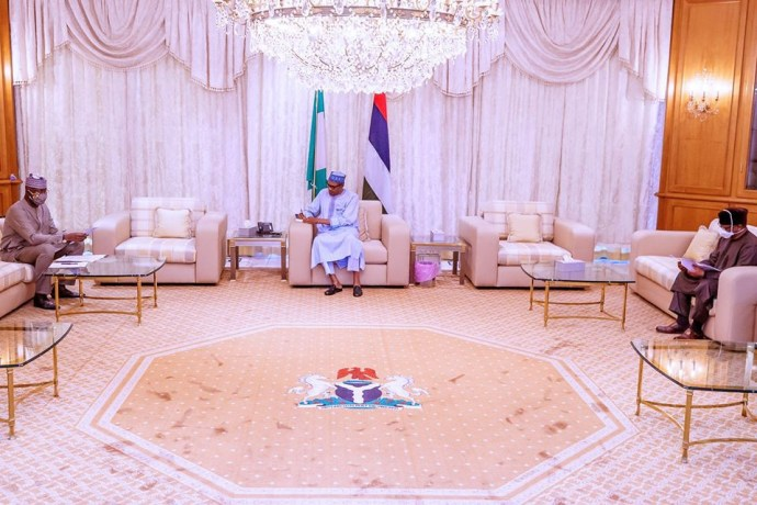 5ec177b270bc8 President Buhari receives post lockdown report from COVID-19 task force team (photos)