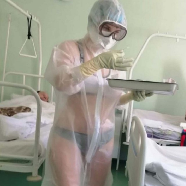 Nurse treating COVID-19 patients goes viral for wearing only