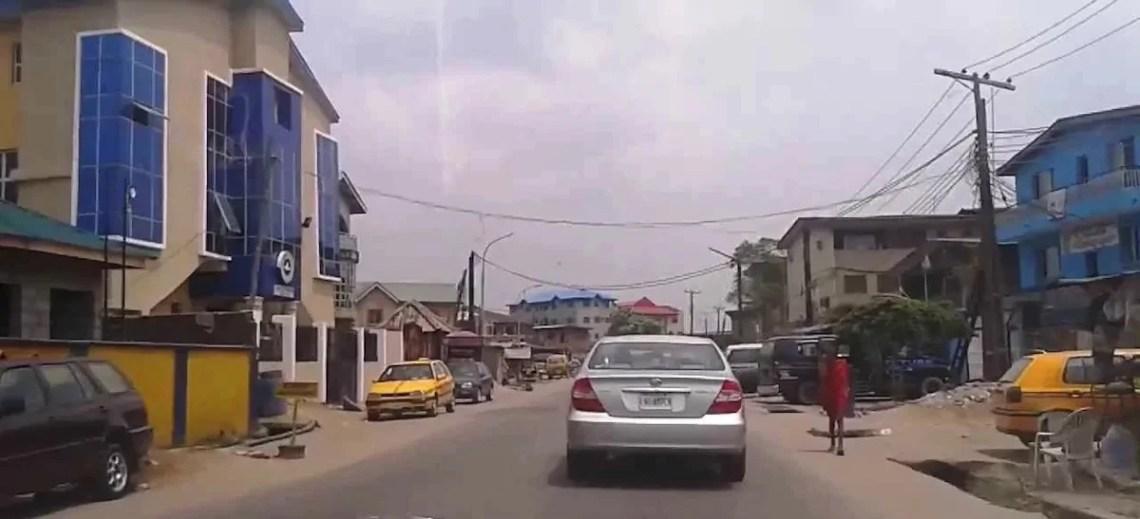 Police arrest woman for stabbing neighbor over minor misunderstanding?in Lagos