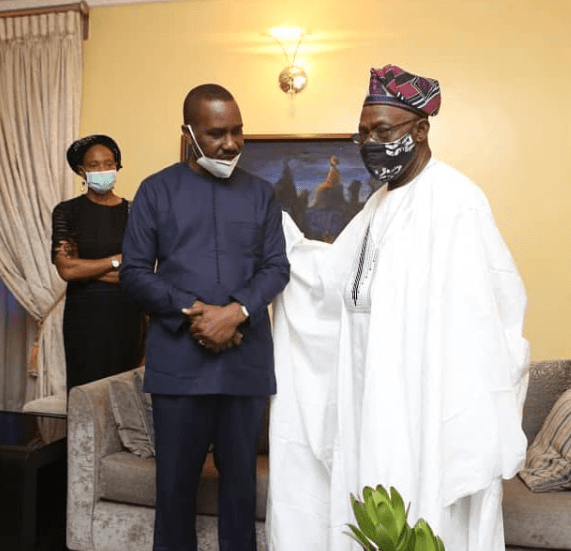 Ex-President Olusegun Obasanjo pays condolence visit to Pastor Ituah Ighodalo over the death of his wife, Ibidun Ighodalo (photos)