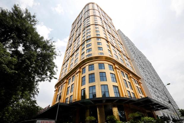 Vietnam : Le premier hôtel en plaqué or au monde ouvre ses portes (vidéo)