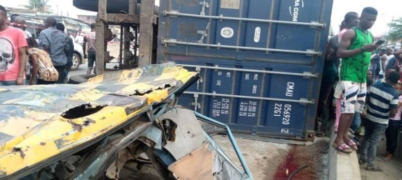 https://bluebloodz.com/index.php/2020/07/27/2-dead-as-20ft-container-falls-on-commercial-bus-in-lagos-{see-photos}/(opens in a new tab)