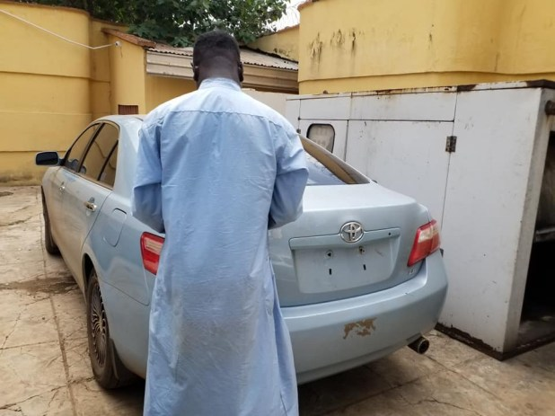 EFCC arrests two lecturers and 28 others for alleged Internet fraud in Kwara (photos)