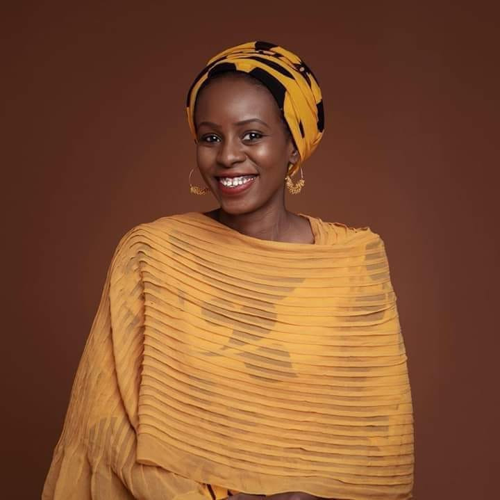 """""""Some marriage proposals in Northern Nigeria are scams"""" - Photographer,  Fati Abubakar advises women to investigate prospective grooms before getting married"""