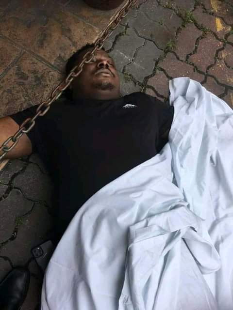 Nigerian man reportedly slumps, dies in Malaysia (graphic photos)