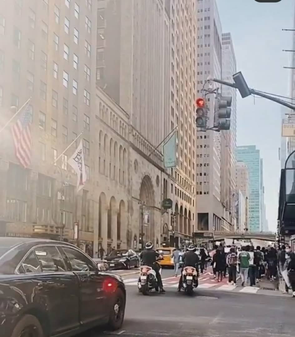 Nigerians in New York stage #EndSARS protest (photos/video)