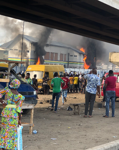 Hoodlums set Orile police station in Lagos on fire (photos/videos)