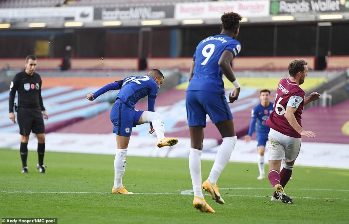Burnley 0-3 Chelsea: New signing Ziyech?shines as Chelsea continue good form (Match Round-up/Photos)