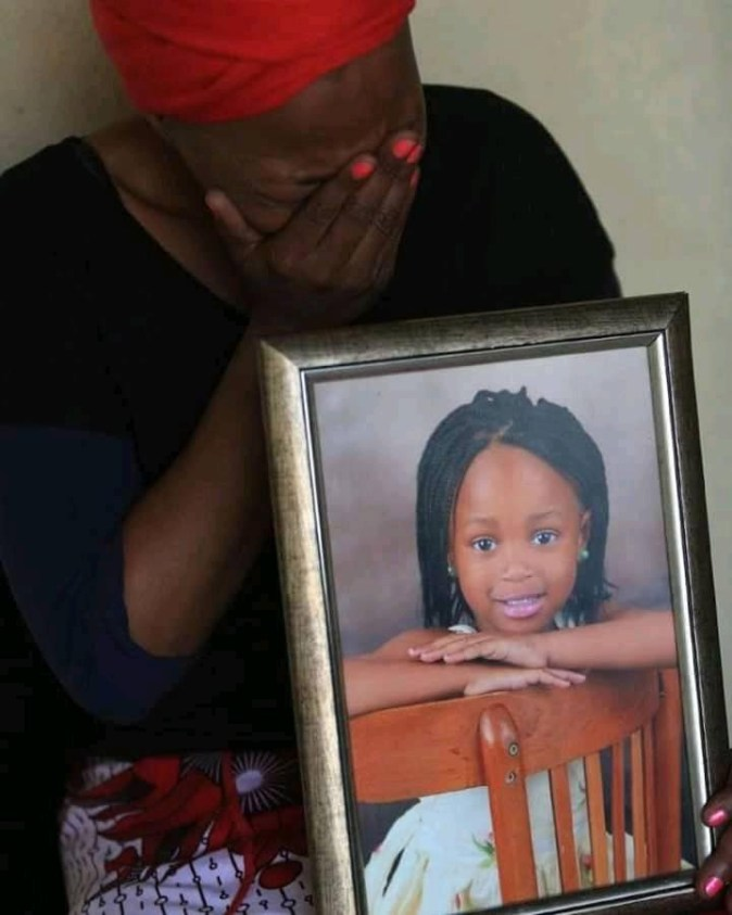 One of the suspects who allegedly gang raped and murdered 6-year-old girl is beaten to death by angry mob
