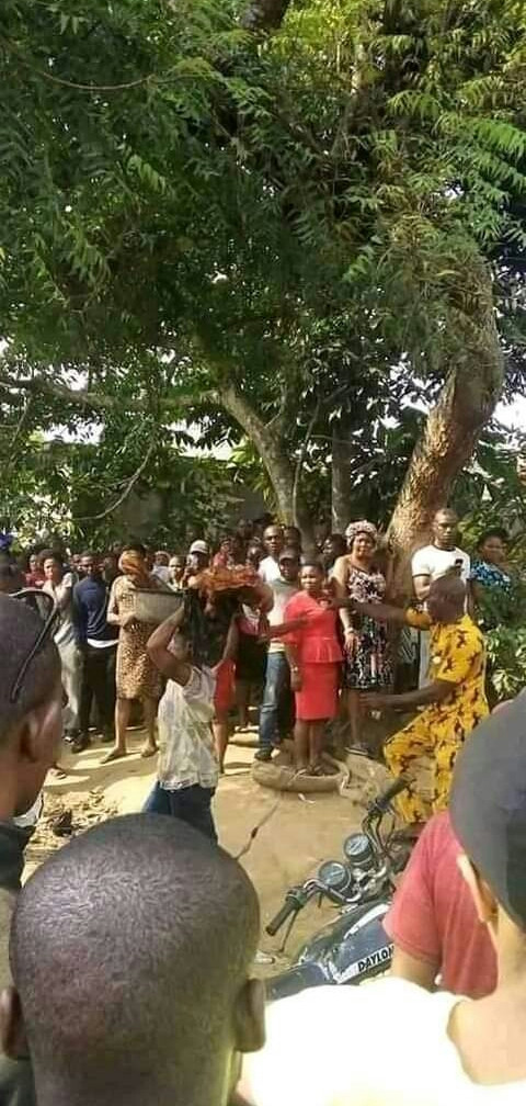 Graphic: Woman allegedly slaughters her mother in Akwa Ibom