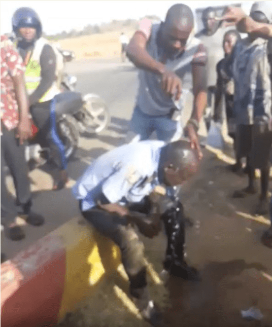 Rifle allegedly seized from drunk policeman (video)