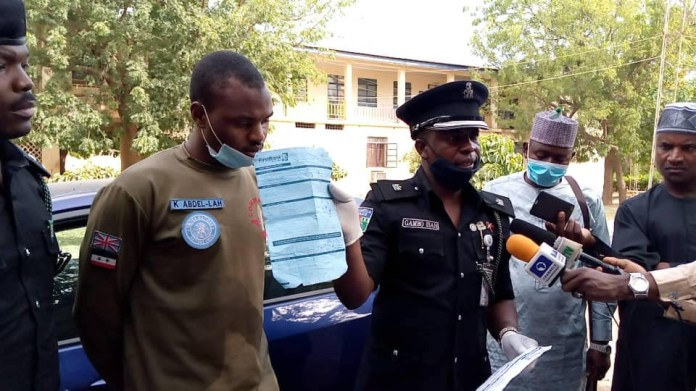 Police arrest notorious fraudster who specializes in defrauding people by posing as Nigerian Air Force captain