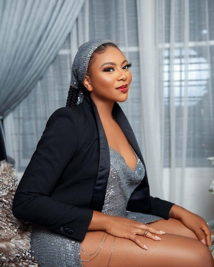 Media gal, Stephanie Coker-Aderinokun replies Nigerians attacking her over her British accent