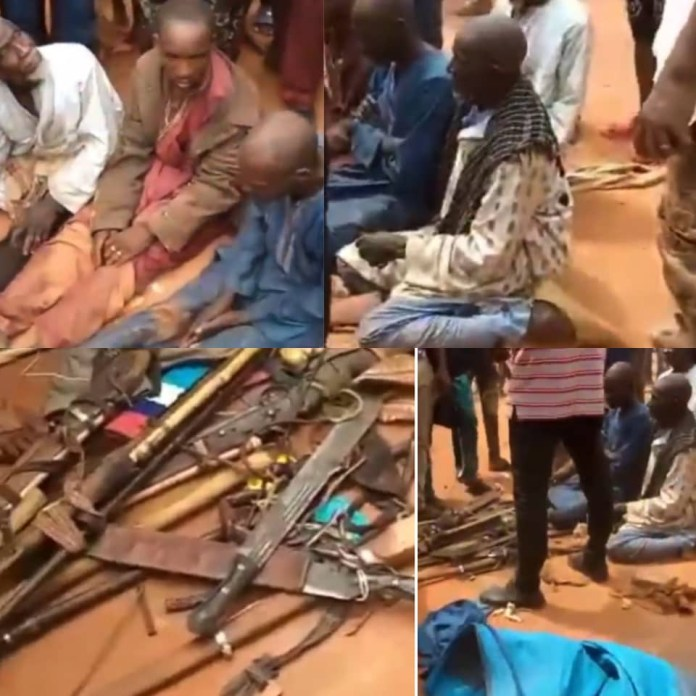 Suspected bandits intercepted with arms and ammunition in Edo (video)